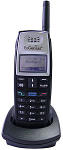 EnGenius FreeStyl 1 long range cordless wireless phone system handset and charger
